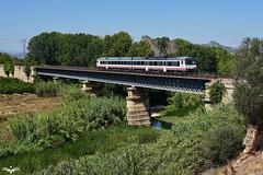 Puente sobre el Ro Albaida (lagunadani) Tags: puente viaducto metalico rio albaida xativa jativa 592200 592201 atomico alcoy paisaje valencia