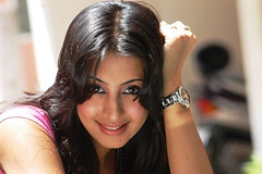 South Actress SANJJANAA Photos Set-4 (11)