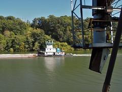 towboat Dave Kreutzer going past Humphrey mine loadout (16a) (photography_isn't_terrorism) Tags: towboat monongahela monongahelariver towboattow boat barges river