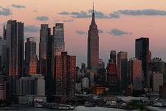 Sunset on west Manhattan_4735 (ixus960) Tags: nyc newyork america usa manhattan city mgapole amrique amriquedunord ville architecture buildings nowyorc bigapple