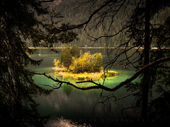 Island of light (matthiasstiefel) Tags: bavaria eibsee germany zugspitze