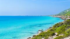 Bay view (Muin.M) Tags: bay sidi ali mekki bizerte bounta garelmelh sea plage turquoise meditereannee sidialielmekki gharelmelh baie vue depth sky ciel horizon nuages clouds rivage