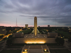 Sunrise at Liberty Memorial (Kevin VanEmburgh Photography) Tags: drone kansascity kevinvanemburghphotography libertymemorial sunrise kcmo kc dji liberty earlymorning sunrisephotography firstlight intheair altitude height fromabove