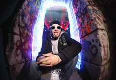 (Clment Champy) Tags: portrait lightpainting sunglasses rock canon stars pierre fisheye ouverture toiles samyang