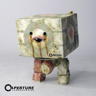 threeA - Companion Cube Square