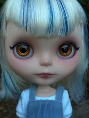 Monstah (Lawdeda ) Tags: robot little cutie her cant boo will fate be what vanilla stripey custom milky fbl decide monstah