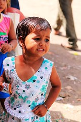 IMG_6733 (Salad jar) Tags: poverty people baby india girl kid pain child dress worried hungry gujarat