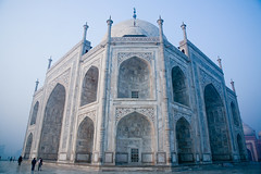 Dawn @ Taj Mahal (greenwood100) Tags: tajmahal unescoworldheritagesite mausoleum marble shah jahan iwan mughal mughalarchitecture mumtazmahal muslimart mughalart makramatkhan ustadahmadlahauri marblemausoleum abdulkarimmamurkhan