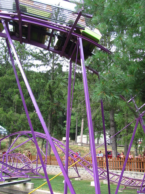 """Knoebels 013 • <a style=""""font-size:0.8em;"""" href=""""http://www.flickr.com/photos/32916425@N04/7616431674/"""" target=""""_blank"""">View on Flickr</a>"""