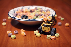 Something's Not Right Here.. (emilykember) Tags: food canon bokeh cereal sigma bowl disney pixar 365 frootloops walle 30mm 50d itsagiraffe walle365