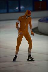 A37W7183 (rieshug 1) Tags: speedskating schaatsen eisschnelllauf skating nkjunioren knsb nkjuniorenallroundafstanden afstanden allround 50010001500massstart demeent alkmaar sportcomplexdemeent juniorenc ladies dames 500m