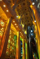Colours (Fred (Mi.Femme.Mi.Fouine)) Tags: barcelona art pentaxk10d pentaxart sagradafamilia colour