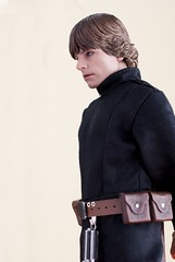 Found myself a $12 Hasbro Jedi Outfit on eBay & I must say. It fits really well, but of course you need to frame it at a certain angle to hide certain flaws. (ahmadsyukrisalleh) Tags: starwars lukeskywalker