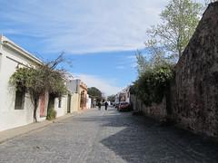 """Colonia del Sacramento: le quartier historique <a style=""""margin-left:10px; font-size:0.8em;"""" href=""""http://www.flickr.com/photos/127723101@N04/29080783053/"""" target=""""_blank"""">@flickr</a>"""