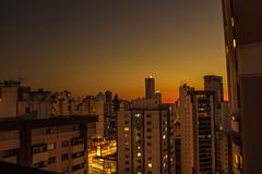 Sunset at Goinia, central-western-Brazil (Albert T. Cardoso) Tags: sunset goinia prdio urban