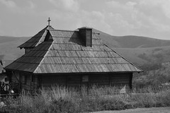 The old cottage (stefanzdravkovic1) Tags: cottage house blackwhite bw architecture wood beautiful nature daylight grass mountain
