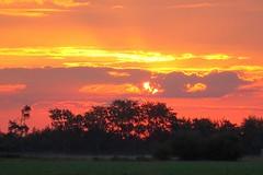 Kleurrijk (Omroep Zeeland) Tags: westkapelle kreek zonsopkomst