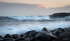 Hove (Karl P. Laulo) Tags: hove tromy arendal norway norge waves blger lighthouse torungen fyr