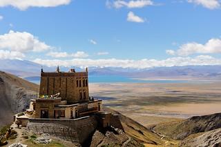 Gyangdrak Gön རྒྱང་གྲགས་དགོན།   5010m, Tibet