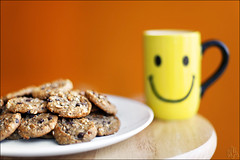 Start with a Smile (i ea sars) Tags: life morning food orange home cooking cup kitchen coffee smile face cookies smiling cake breakfast canon postre table dessert happy 50mm baking milk cookie drink eating chocolate comida joy grain happiness plate sugar depthoffield special oatmeal whole homemade smiley bakery enjoy snack pastry mug chip sweets 5d biscuits treat comer simple oats bake raisin tabletop du