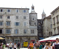 The Iron Gate, Diocletian's Palace, Split, Croatia (Snuffy) Tags: croatia unesco worldheritagesite split diocletianspalace eliteclub
