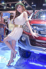 Isuzu (krashkraft) Tags: coyote beautiful beauty thailand pretty bangkok gorgeous autoshow dancer allrightsreserved racequeen gridgirl boothbabe 2011 motorexpo สาว krashkraft เซ็กซี่ พริตตี้ มอเตอร์โชว์ โคโยตี้