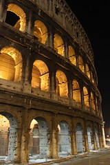 The Collosseum by night (Rory Francis) Tags: italy rome roma night ancient roman bynight moonlight colloseum romanempire rhufain collosseo yreidal aneadailt