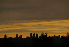 METROTOWN (ikan1711) Tags: sunset sky evening silhouettes metrotown goldensky metrotownburnabybc