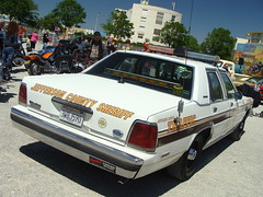 Ford LTD Crown Victoria P72 1991 (tautaudu02) Tags: auto usa cars ford automobile victoria moto salon crown nimes ltd coches voitures 2012 p72 rétro