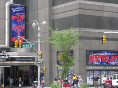 Broadway Theatre (krisjaus) Tags: newyorkcity newyork hershey sienfeld davidletterman edsullivan thelateshow sisteract thesoupnazi ravensymonee