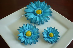 Blue Gerber Daisies (Custom Cakes By Liz) Tags: blue daisies daisy gumpaste