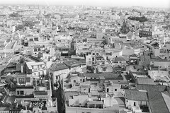 Sville, in the air. (Entertainment Photo System) Tags: white black film me noir pentax super andalucia et blanc sville andalousie