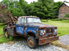 Tom's Dodge 400 Power Wagon Tow Truck (J Wells S) Tags: dodge400powerwagon wrecker towtruck rust rusty crusty abandoned tomrohrich historictruck vintagetruck batavia ohio mikestowingrecovery aths americantruckhistoricalsociety drwolfersons holmestwinboom