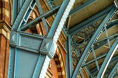 Detail St. Pancras (Bernhard Schlor) Tags: greatbritain stpancras railwaystation bahnhof grosbritannien london brittany gb