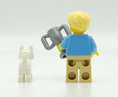 The Dog Show Winner (Pasq67) Tags: lego minifigs minifig minifigure minifigures afol toy toys flickr pasq67 series srie 16 brickpirate dog show winner