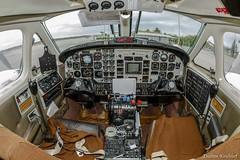 Cockpit Beechcraft King Air (Enilton Kirchhof) Tags: 2016 cabofriorj foraareabrasileira fotoeniltonkirchhof brasil beechcraft kingair fgjfa cabine instrumentos