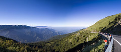 昆陽停車場pano (Olen photo) Tags: 合歡山 台灣 taiwan nantou hehuan mountain nation park climb travel trip blue green grass road beautiful long rail 3000m canon 500d tokina t116 sunny cold