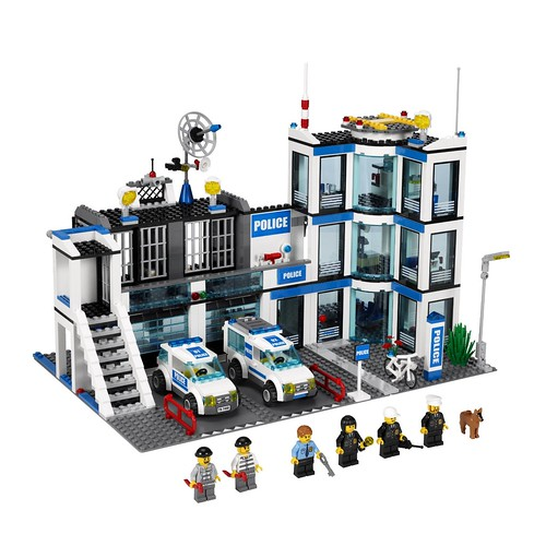 乐高 LEGO 城市系列 Police Station 7498 警察局$70.39