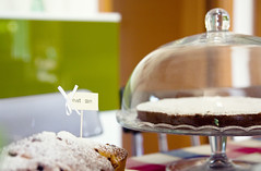 (]babi]) Tags: food home kitchen cake breakfast cakestand yummy dof sweet bokeh chocolate sugar delicious eat homemade torta cibo cioccolato cucina colazione alzata