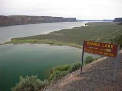 (jcoutside) Tags: bankslake grandcouleedam grandcoulee basalt dryfalls steamboatrock sunlakesstatepark iceagefloods mosescoulee umatillarock