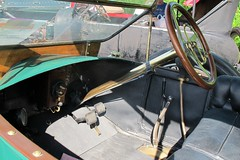 Steering and controls, 1912 EMF touring car (JarvisEye) Tags: auto show usa car automobile vermont studebaker rutland 1912 concours emf meet touring studebakerdriversclub northeastzone