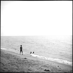 * (-nasruddinmukhtar-) Tags: blackandwhite bw 120 6x6 tlr film beach monochrome analog mediumformat square seaside malaysia mf analogue  kelantan   selfdevelopment r09 ricohflexmodel nasruddin nasruddinmukhtar fujifilmneoapnacross100