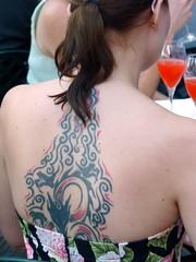 Taormina - Irish tattoo (Luigi Strano) Tags: ireland ladies girls italy lady portraits women europa europe italia eire donne sicily taormina ritratti matrimonio sicilia messina irlanda ragazze sicile sizilien signore irishwedding италия портреты европа сицилия таормина mocambocafè matrimonioirlandese barmocambotaormina