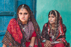 jatt girls (nandadevieast) Tags: india bride dress olympus tribe gujarat ep1 kutch kachchh bhuj jat hodko jatt olympusep1 olympuscolors jattgirls jattbride jatttribe