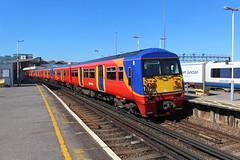 456014 (matty10120) Tags: west bus train south rail railway trains junction class clapham 456 transprot