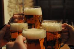 Cheers! (_MissMoneyPenny_) Tags: praga prague czech republic repubblica ceca travel viaggio beer birra cheers brindisi friends amici