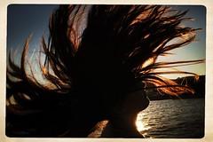 Bidibi bodibi Bia (rosa_pedra) Tags: capelli hair vento mare sea estate summer enverano