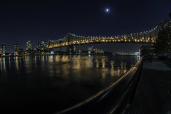 Day 281/365 (Alexander Marte Reyes) Tags: nightphotgraphy moon queensboroughbridge queens rooseveltisland newyorkcity manhattanbridge nikkor fisheyelens architecture