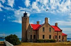 Old Mackinaw City Lighthouse (Dave Reasons) Tags: bluesky clear daytime lakemichigan lighthouse mackinawbridge mackinawcity michigan northamerica redroof sun sunshine sunny unitedstates weather