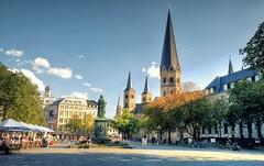 Bonn - Bonner Mnster (Ventura Carmona) Tags: alemania germany deutschland nrw bonn mnster catedral bonnermnster venturacarmona